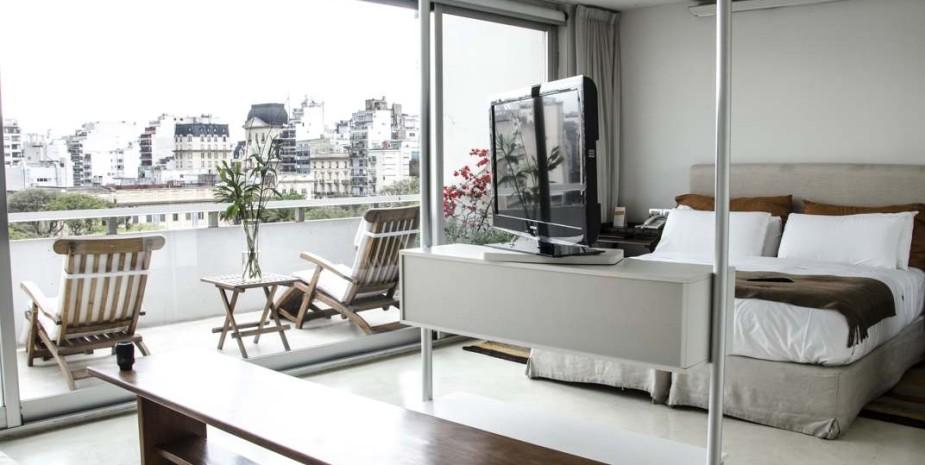 balcony-suite-ce